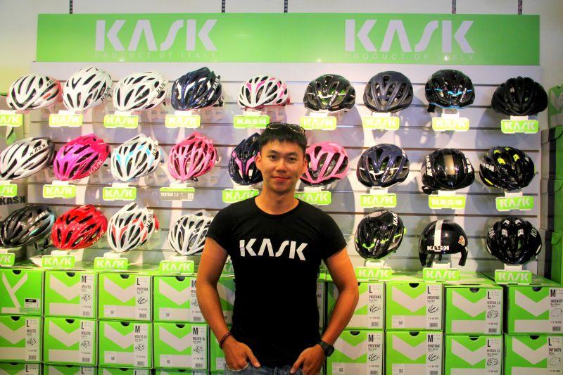 這面KASK是世界最時尚的安全帽牆,沒有之一。(蔡克辰攝)