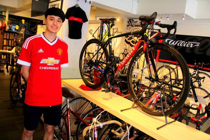 百年義大利國寶自行車品牌WILIER氣勢萬千,堪稱鎮店之寶。(蔡克辰攝)